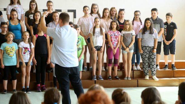 """Elindult a """"csere-kórus"""" program a Lisztben 2"""