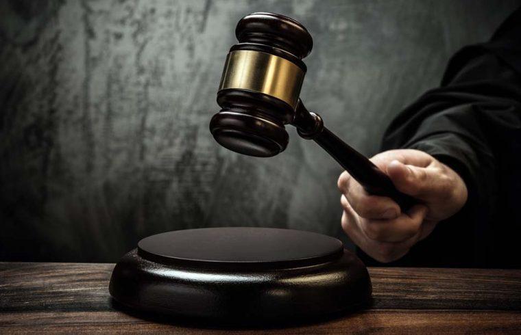 Nem nyújtott segítséget az utasnak – vádemelés a buszvezető ellen