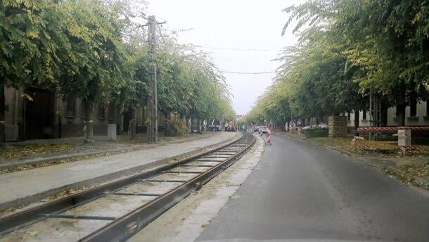 Egyre hosszabb a sín – így áll a tram-train építése Vásárhelyen 9