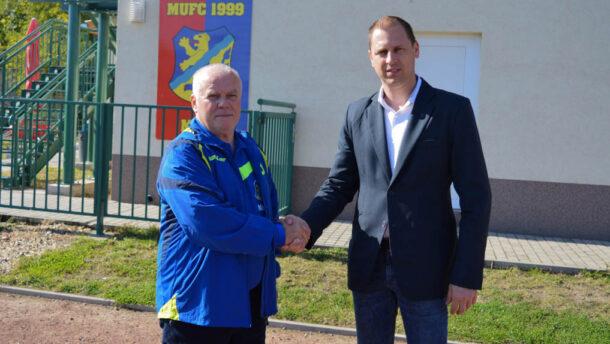 Lázár János segítségével újabb 100 millió támogatás érkezett a MUFC-hoz