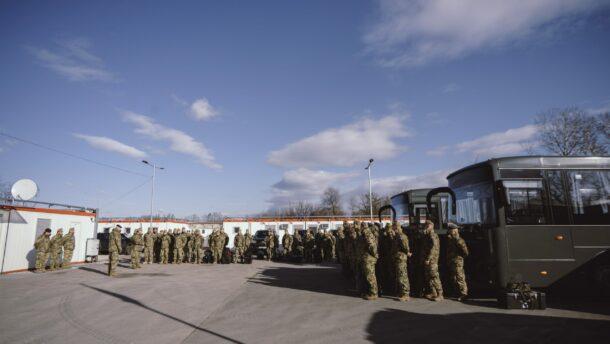 Megkétszerezik a határvédelemben részt vevő katonák számát