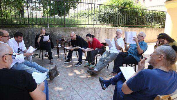 Megkezdődött a Szegedi Szabadtéri Játékok Akárki című előadásának próbafolyamata