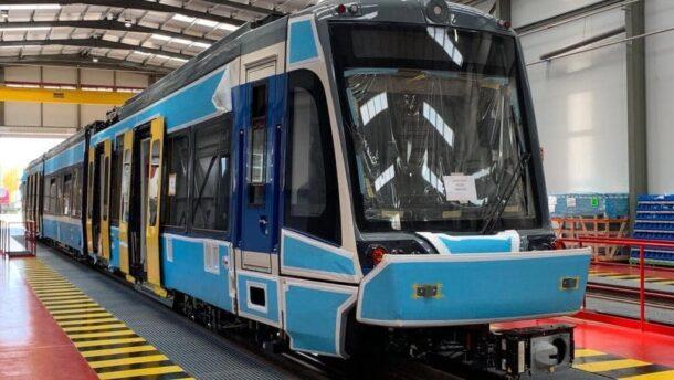 Lázár János: még sűrűbben közlekednek majd a tram-train kocsik