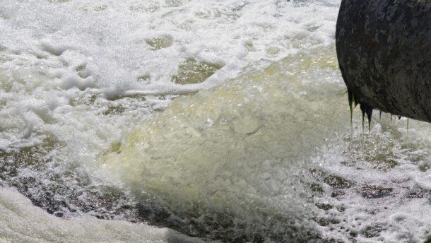 Márki-Zayék szerencsétlenkedése miatt bukhat a szennyvízprojekt