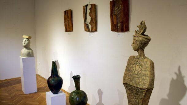 Közép-Európa kortárs kerámiaművészete