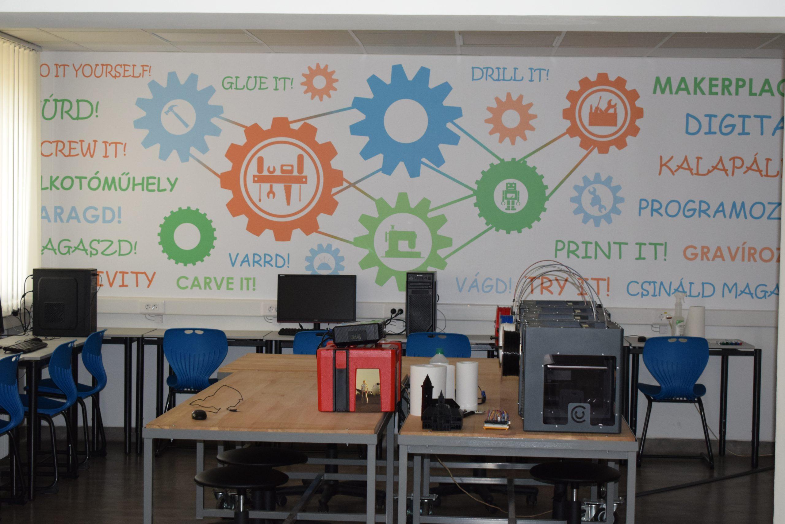 Az alkotópedagógiai úttörői a Digitális Alkotóműhelyben 1