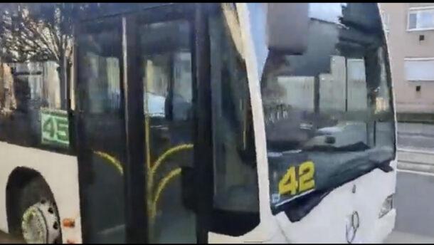 Ezt már mi sem hisszük el: még a buszokat sem sikerült rendesen felszámozni