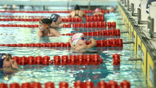 Szurkoljon velünk a vásárhelyi úszóknak!
