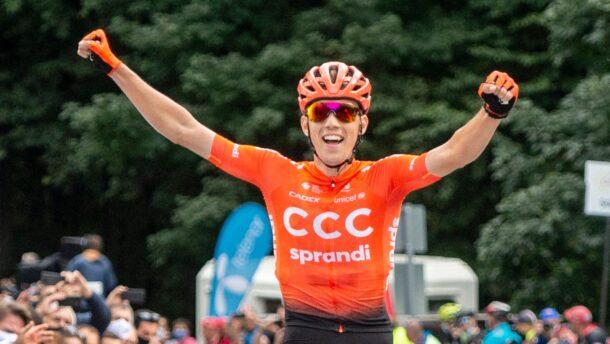 Giro d'Italia: Valter átvette a vezetést az összetettben