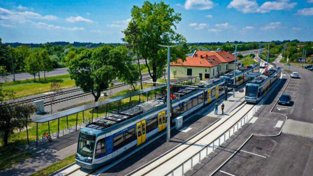 Vásárhelyen egyesültek az ország tram-trainjei
