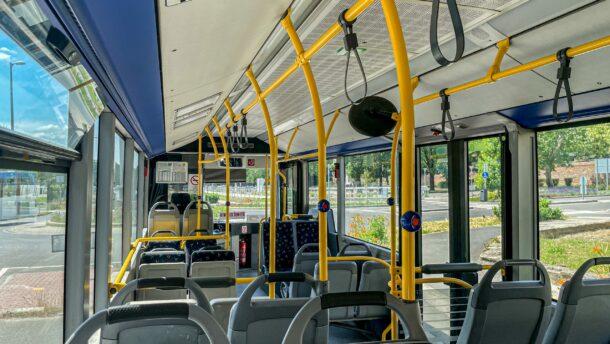 """""""Üresjáratban"""" a Jovány-buszok – klíma nincs, pókháló van"""